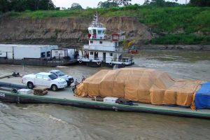 MercoNorte faz o Transporte de Veículos em balsa Manaus x Tefé x Manaus, transportando seu veículo, máquinas pesadas, mercadorias e produtos.